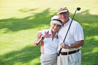 couple playing golf web