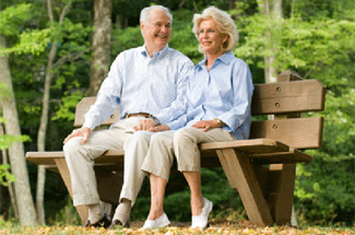 retired couple park bench 325x215 copy